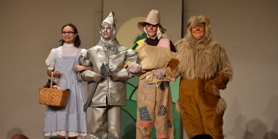 mcs students perform the wizard of oz