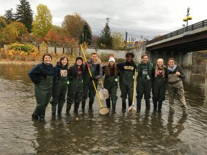 students participate in the annual Hudson River Snapshot Day